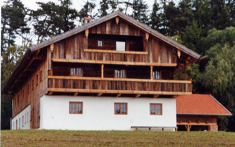 Sanierung von alten Holzhäuser, alten Blockhäuser, alten Bauernhöfe ...