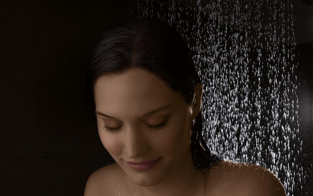 Dornbracht Dusche Liegen : Shower erm?glicht eine v?llige Entspannung, wie sie nur im Liegen
