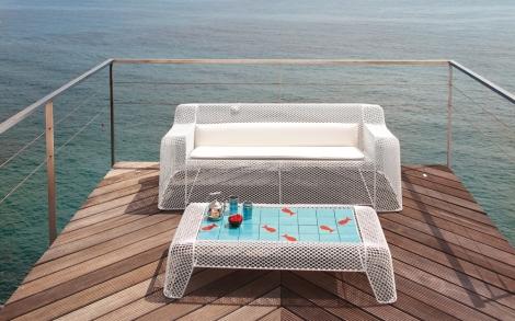 designer gartensitzbank und gartentisch ivy in wei lifestyle und design. Black Bedroom Furniture Sets. Home Design Ideas