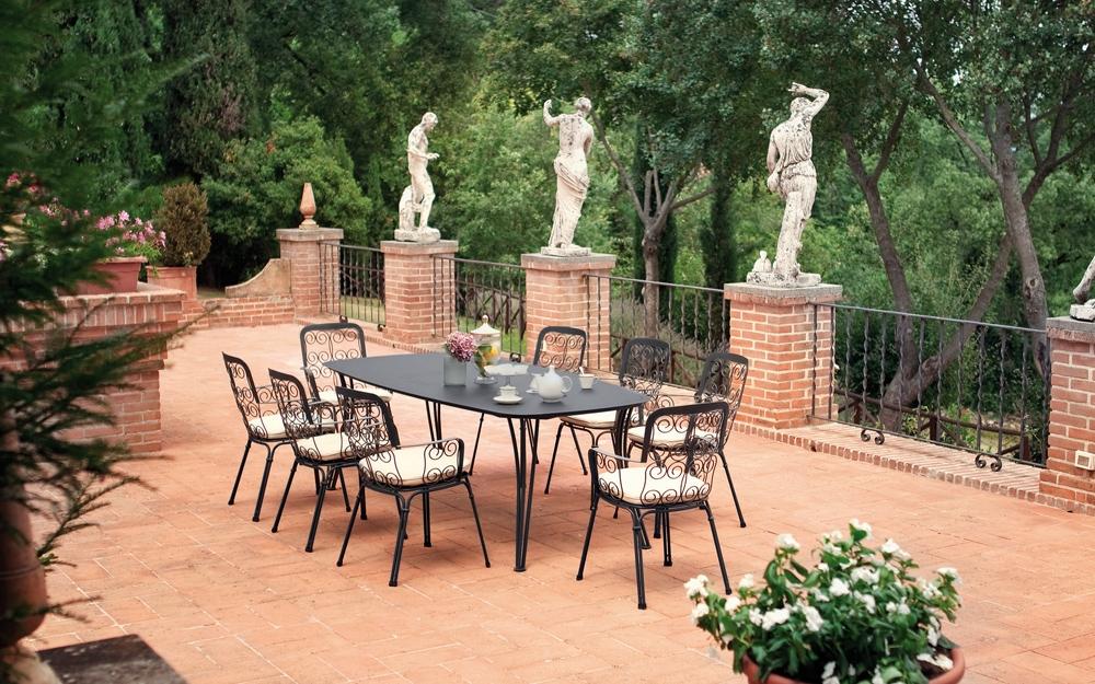 Garten Sitzgarnitur mir Sitzpolstern von emu. | Lifestyle und Design