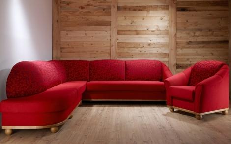 Landhausmöbel Sofatraum in Rot | Lifestyle und Design