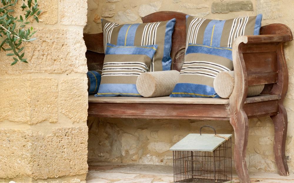 romantische kissenbez ge von jab anstoetz lifestyle und design. Black Bedroom Furniture Sets. Home Design Ideas