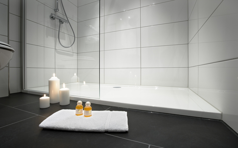 badezimmer dusche oder badewanne. Black Bedroom Furniture Sets. Home Design Ideas