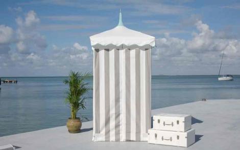 umkleidekabine oder dusche exuma cabana von tuuci lifestyle und design. Black Bedroom Furniture Sets. Home Design Ideas