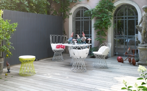 terrassendielen holz boden f r die terrasse im garten von. Black Bedroom Furniture Sets. Home Design Ideas