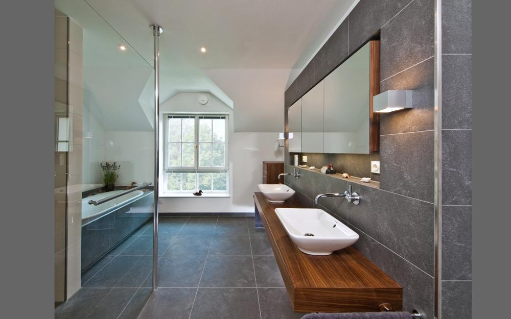 Das Baddesign der Landhaus Villa von Baufritz | Lifestyle und Design