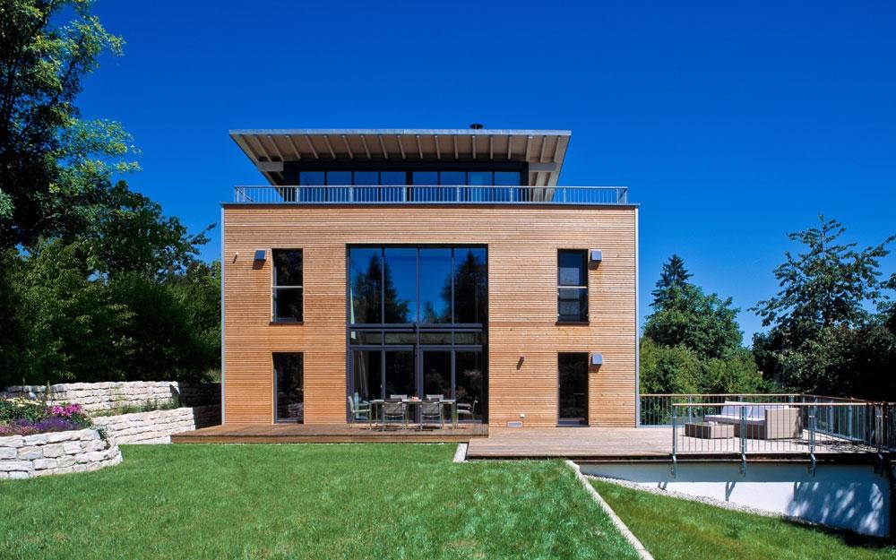 Das Design Holzhaus mit Dachgarten von Baufritz | Lifestyle und Design