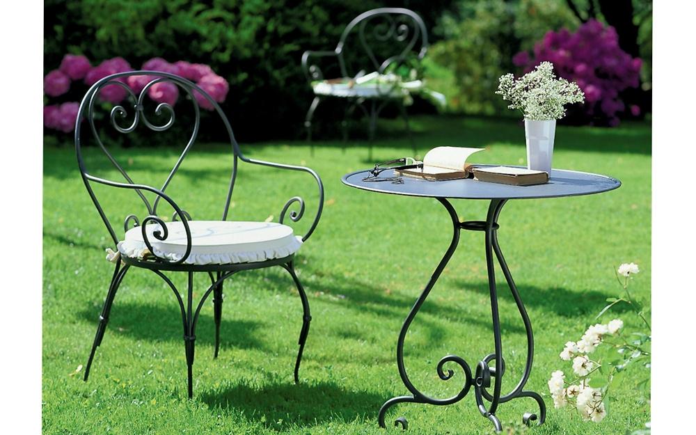 Gartenstühle und Tisch Camille von Unopiù | Lifestyle und Design