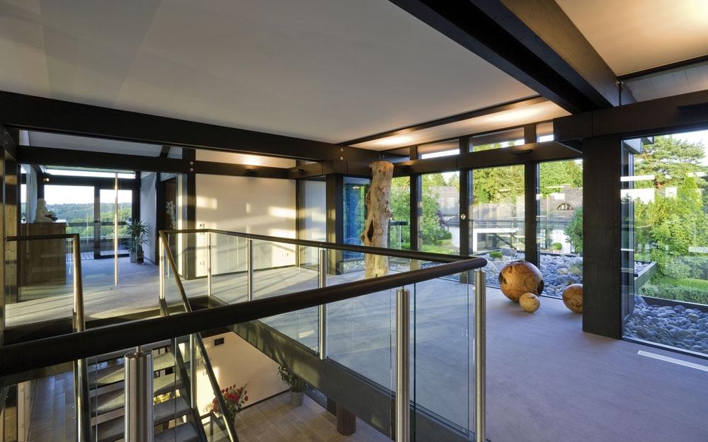 Design Haus Art 8 black in Glas und Holz Architektur von Huf HAUS ...