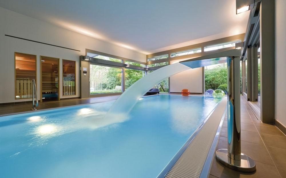 Design haus flat roof in glas und holz architektur von huf - Architektenhaus innen ...
