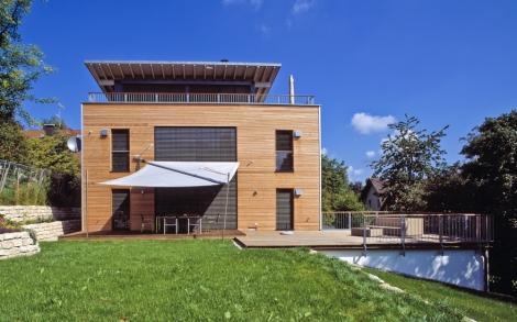 Moderne architektur als design haus von baufritz for Haus bauen moderne architektur