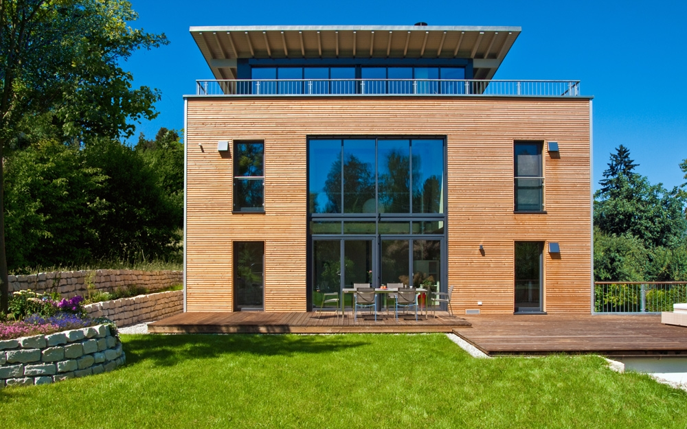 Moderne architektur als design haus von baufritz for Holzhauser moderne architektur
