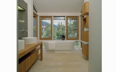 Landhaus Bäder großzügiges bad im landhaus schauer baufritz lifestyle und design