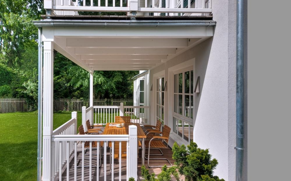 Landhaus villa steinhauser von baufritz lifestyle und design - Veranda selber bauen ...