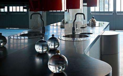 Alessi Küche von Valcucine, Designer Küchen aus Italien ...