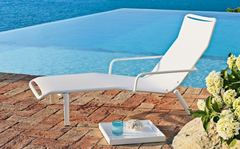 gartenliege liegestuhl gartenm bel von unopiu lifestyle und design. Black Bedroom Furniture Sets. Home Design Ideas
