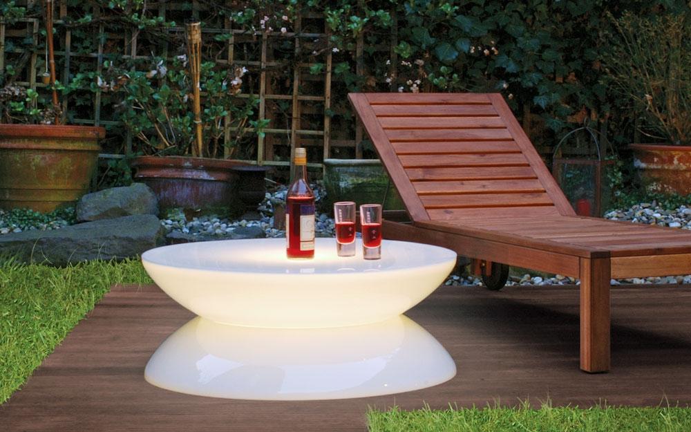 leuchtender w rfeltisch von moree lifestyle und design. Black Bedroom Furniture Sets. Home Design Ideas