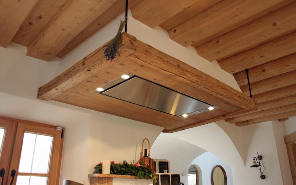 Dunstabzugshauben mit altholz und landhausküchen von nussdorfer