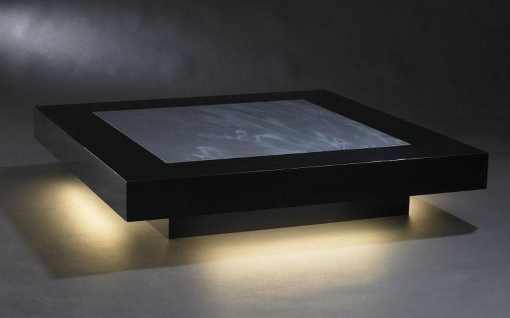 Tisch knight cadeau design m bel von vg italien for Kreuch tisch und design