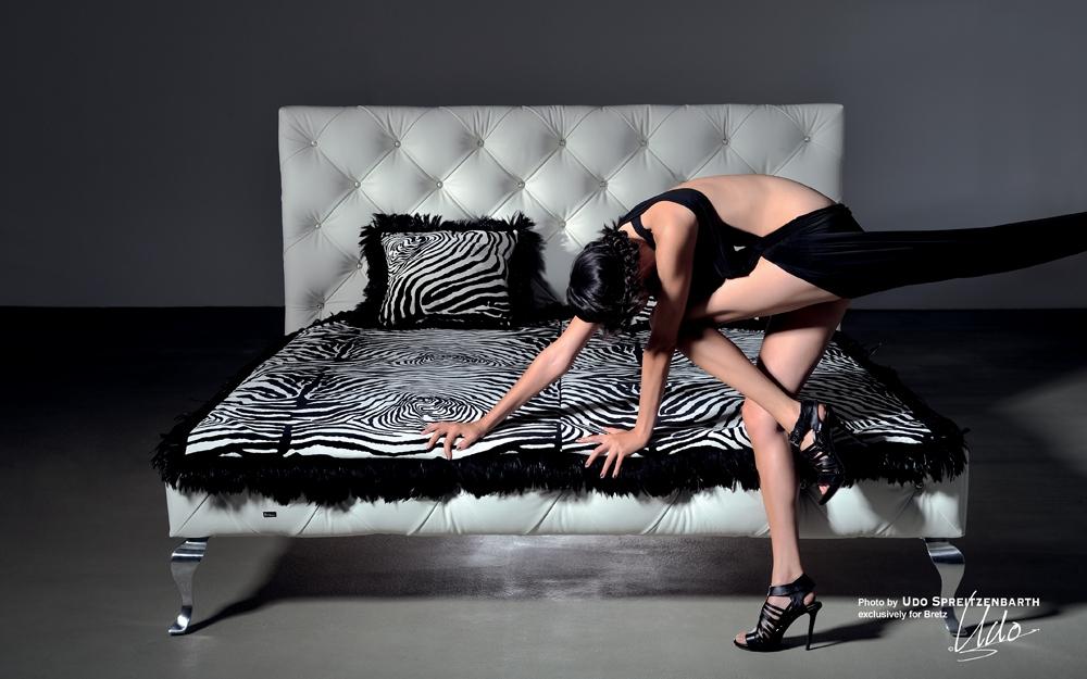 gaudi bett by bretz lifestyle und design. Black Bedroom Furniture Sets. Home Design Ideas