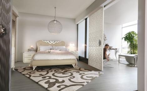 Elegant Italienische Moebel Designer Von Bizzotto Italienisches Bett Und Edle  Holzschiebetuere