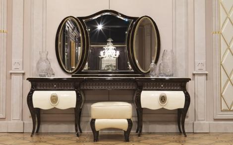 Spiegel Kommode Mit Hocker Italienisches Mobel Design Von Turri