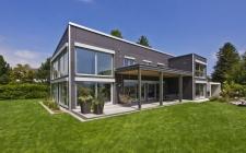 design holzhaus im bauhausstil von baufritz lifestyle und design. Black Bedroom Furniture Sets. Home Design Ideas